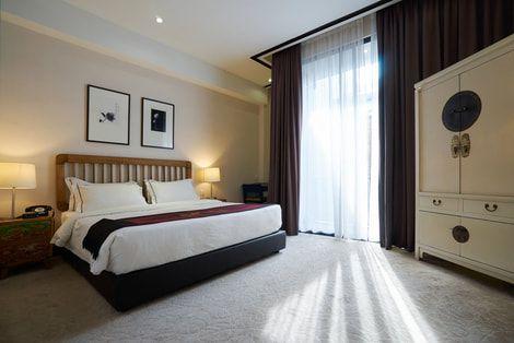 Painters and Decorators Swansea commercial hotel specialist decorators